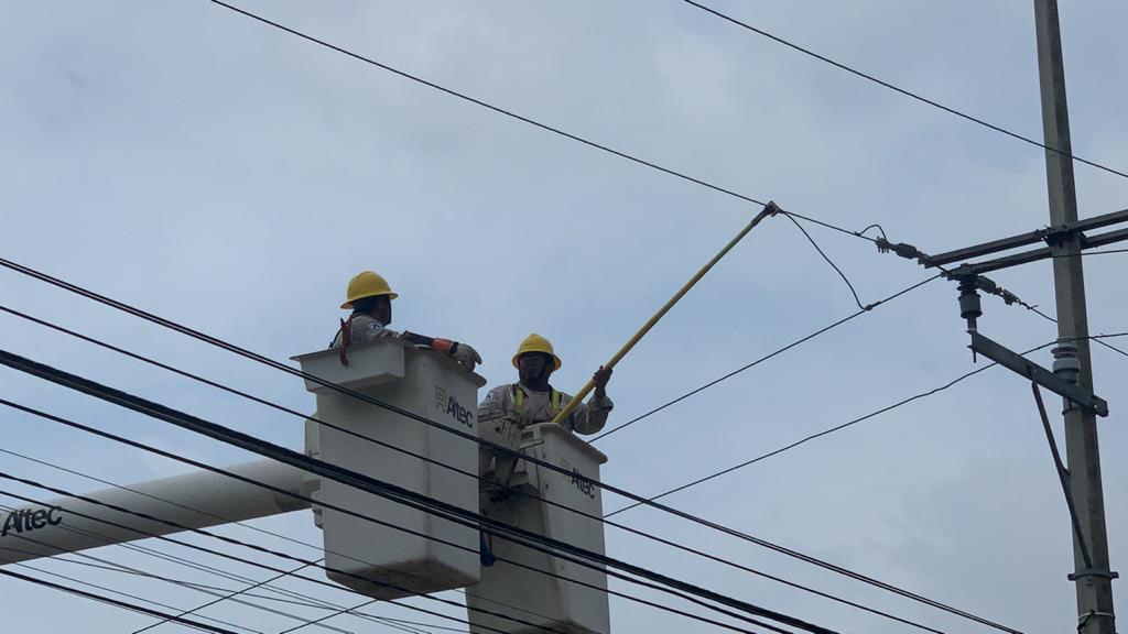 Cortarán energía eléctrica en varias colonias este miércoles