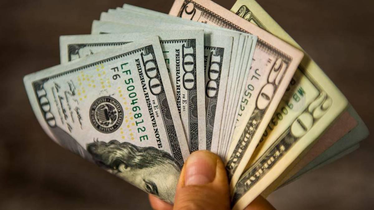 El dólar como en una montaña rusa por inestabilidad