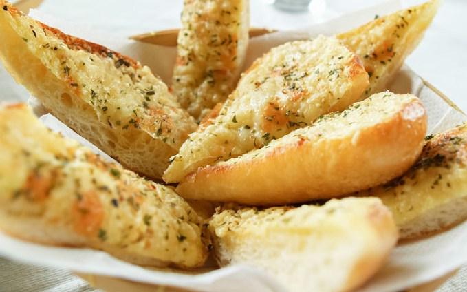 sarımsaklı ekmek bayat ekmek değerlendirmenin yolları çiftçiden eve