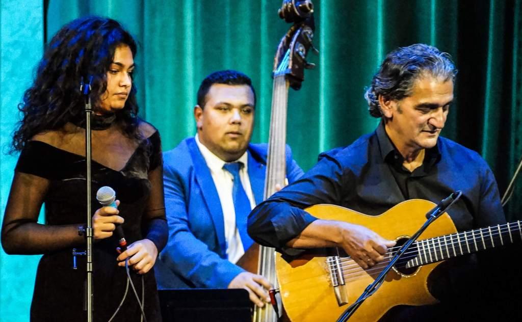 Snétberger tanitványok koncertje a Vigadóban