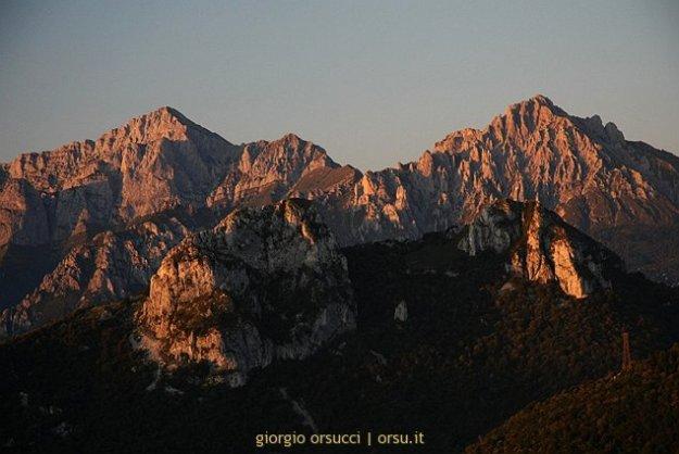 Tramonto sulle Grigne e sui Corni di Canzo