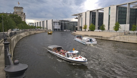 Tourist boats on the Spree
