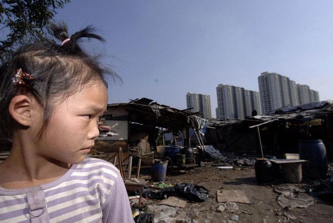 fenghuang-slum-demolition-4