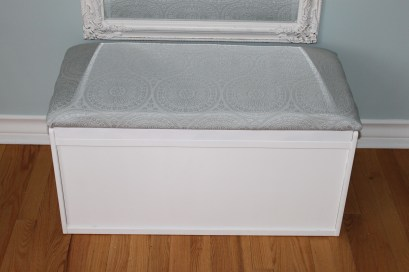 upcycled storage bench