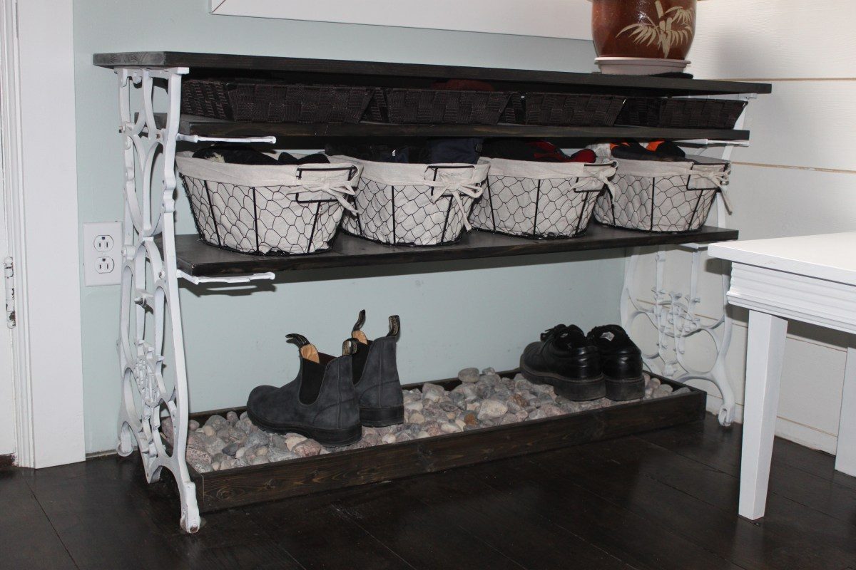 Sewing machine entry table