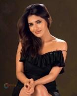 Iswarya Menon (2)