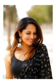 Anasuya Bharadwaj (28)