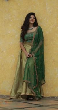 Athulya Ravi (25)