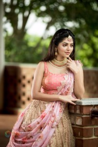Athulya Ravi (27)