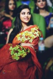 Athulya Ravi (44)