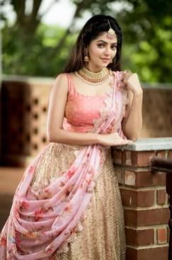 Athulya Ravi (89)