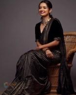 Ashika Ranganath (10)