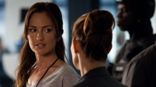 Almost Human 1x12