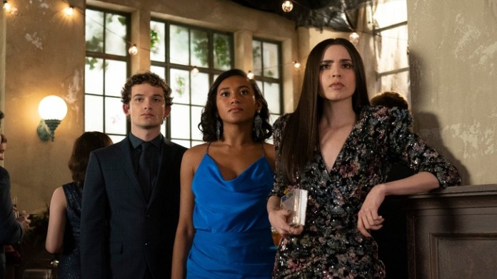 Pretty Little Liars: The Perfectionists 1x09