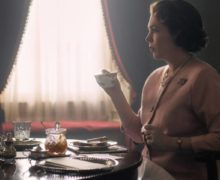 Cinegiornale.net the-crown-3-ecco-il-teaser-trailer-e-la-data-duscita-220x180 The Crown 3: ecco il teaser trailer e la data d'uscita News Serie-tv