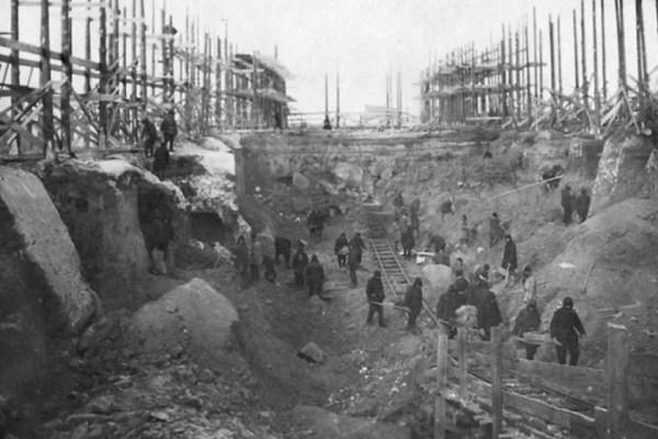A Majak-erőmű építése