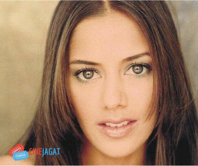 sheetal sheth Indian Origin Hollywood Actress