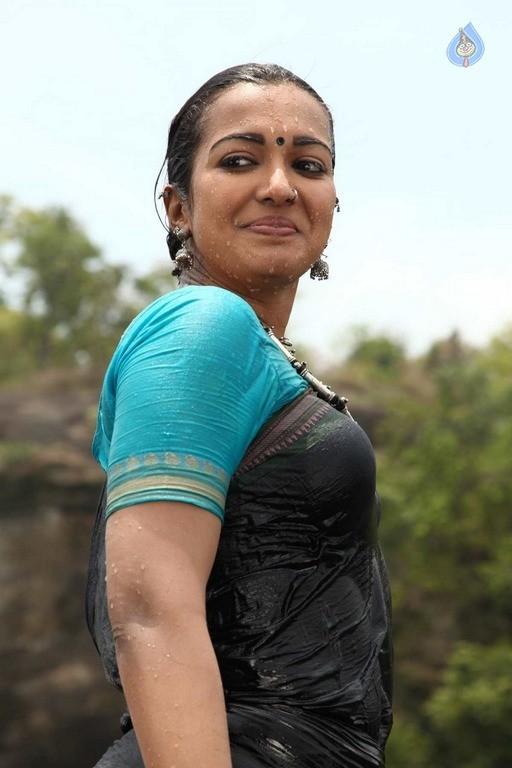 Kadamban Tamil Movie Stills - 21 / 36 photos