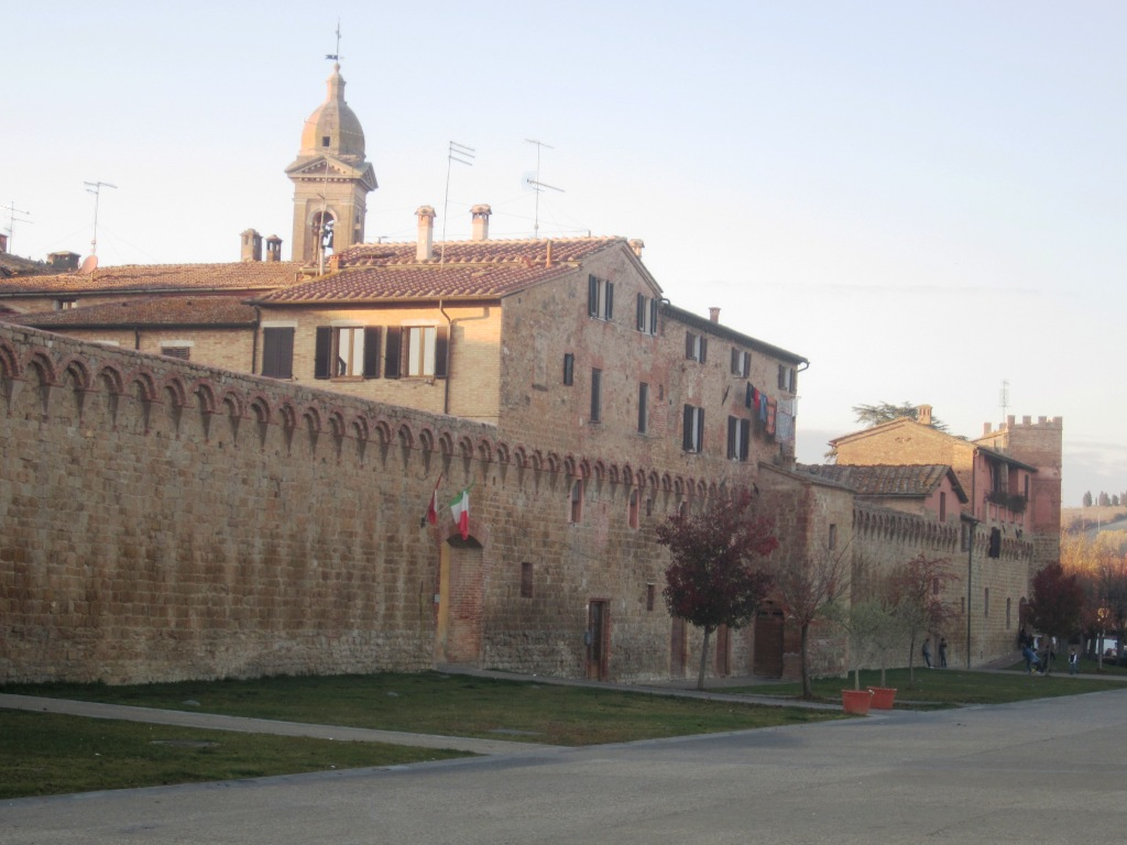 Buonconvento, the old walls