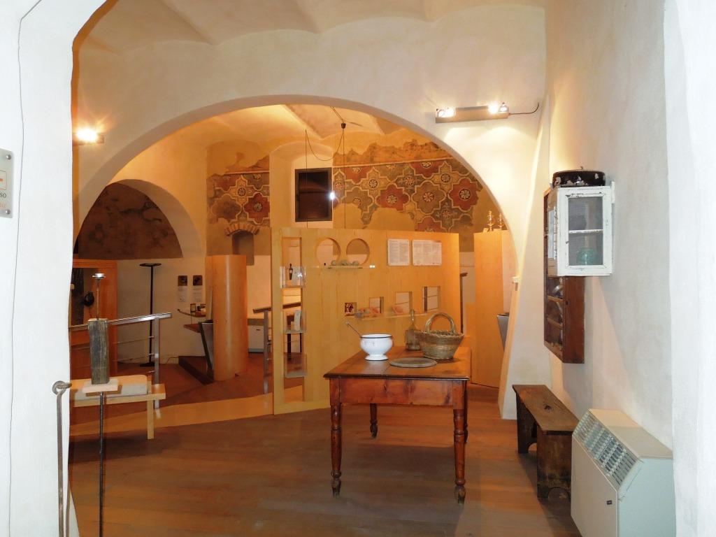San Giovanni d'Asso - Museo tartufo - casa del cercatore di tartufi