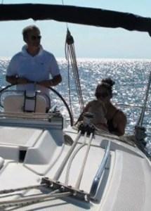 Gianfranco Fino e Simona Natale in barca