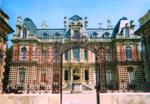 Perrier Jouet chateau