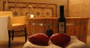 vinoterapia e massaggio di coppia Fattoria del Colle