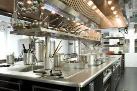chef e cocaina - cucina di ristorante