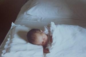 Compleanno-di-Violante-lei-appena-nata-in-ospedale-a-Montalcino
