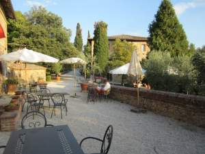 Agriturismo in Toscana - Fattoria del Colle - Crete Senesi e Val d'Orcia - Siena - Appartamenti - ville e camere