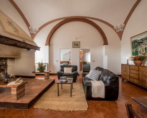 Fattoria del Colle - Farmhouse in Tuscany - Apartment Oliviera