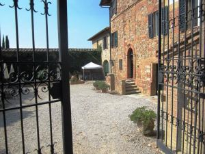Fattoria-del-Colle-summer-weekends-in-Tuscany
