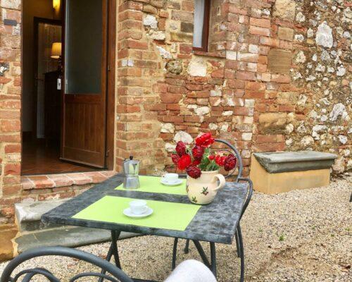 Fattoria del Colle - Farmhouse in Tuscany - Apartment Parata outside