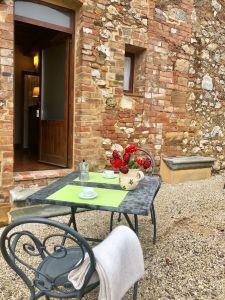 Fattoria del Colle - Agriturismo in Toscana - Esterno appartamento Parata