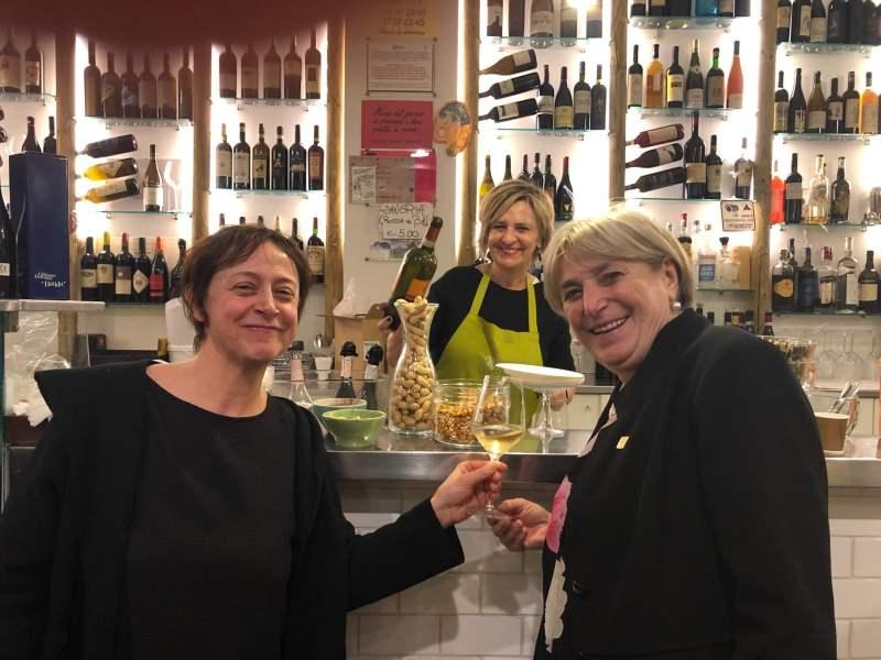 Consumi-di-vino-donne-raggiungono-la-parità-di-benere-fra-i-consumi-saltuari