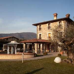 Ferghettina, Franciacorta: riscoperta del vitigno Erbamat