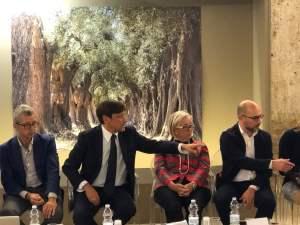 Gallipoli, Dario Stefàno e Donatella Cinelli Colombini al convegno sul turismo del vino