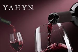Yahyn NFT il-primo-vino-con-certificato-digitale-irriproducibile
