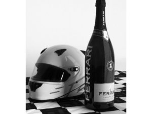 Vino-e-sport-Ferrari-Trento-brinda-con-la Formula-1-