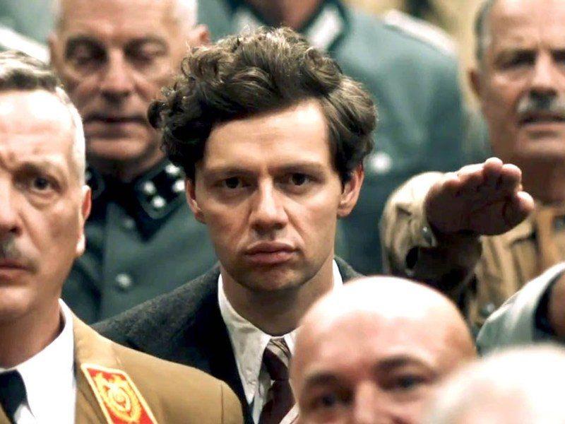 melhores-filmes-de-guerra-de-2016-suite-francesa-838x553 Top 10 - Os melhores filmes de Guerra de 2016