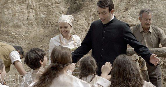 CinemaNet Poveda película sacerdote