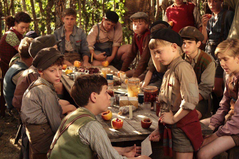 la CinemaNet cineforum paz día escolar