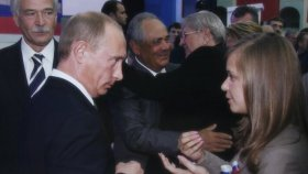 PutinsKiss01