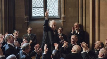 Focus Features drops First Trailer to DARKEST HOUR
