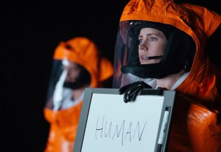 Amy Adams stars in Paramount's ARRIVAL