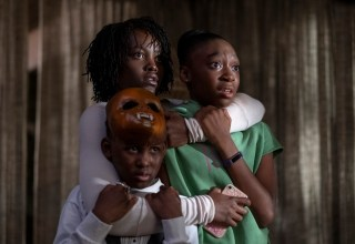 (Clockwise) Evan Alex, Lupita Nyong'o and Shahadi Wright Joseph star in Universal Pictures' US