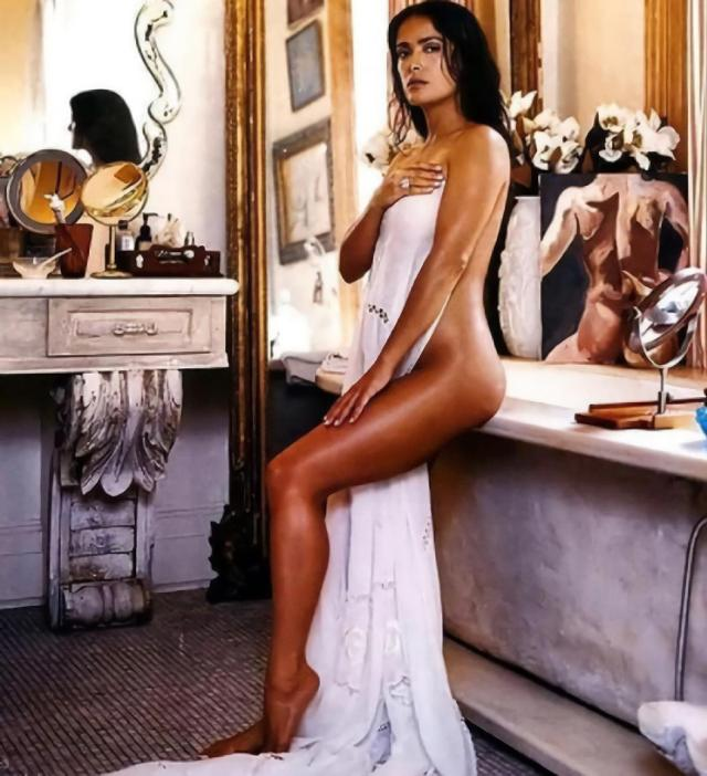 Salma Hayek nuevo desnudo antes de 'Los Eternos'