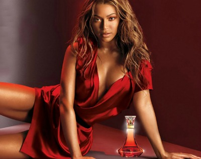 Escote de Beyonce.