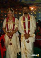 Rambha Marriage Wedding Photos (4)