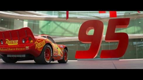 un frame tratto dal film Pixar cars 3